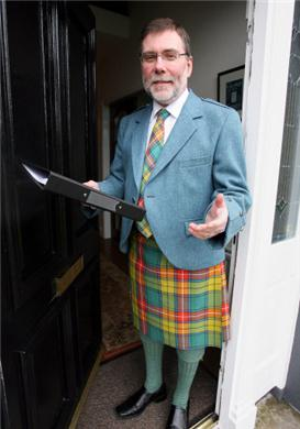 "Nelson is presumably wearing his ""Ulster Scots"" garments OR he is going to a meeting of TARA ?"