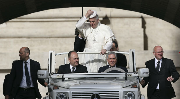 Reuters-Pope-Francis-Car