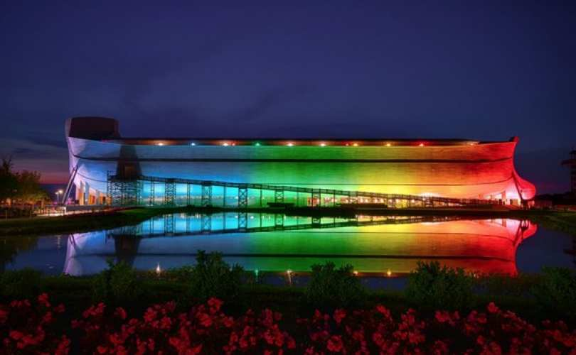 Creation_Museum_Ark_Encounter_Rainbow-Lit_810_500_55_s_c1